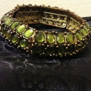 Vintage heavy well made green rhinestone stretch b